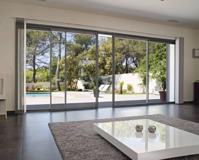 installation de baies vitr es coulissantes en aluminium gris anthracite ventabren mo 39 renove. Black Bedroom Furniture Sets. Home Design Ideas